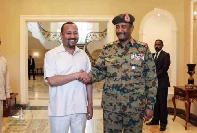 بلومبيرغ : زيارة رئيس الوزراء الاثيوبي للسودان تمت بتنسيق أمريكي
