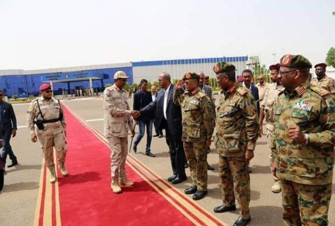 المجلس العسكري يتجاوز توتر البشير مع أريتريا ويبحث فتح الحدود