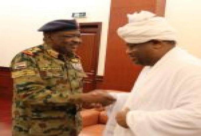 العسكرى يوجه بعدم حل الاتحادات النقابية والرياضية والهجن يشارك بـ (100) رأس في مهرجان بالسعودية