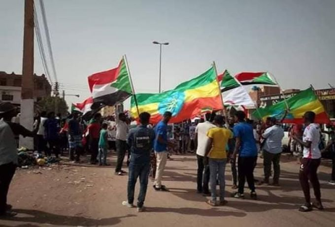 علما الجزائر واثيوبيا يظهران في مظاهرات بالسودان