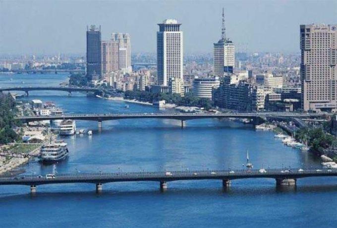 مصر تحذر رعاياها من غرامات تفرضها الحكومة السودانية