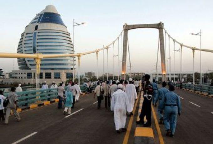 الفريق احمد عابدون يضع حلولا للحد من مخاطر نزع بيوت الصحافيين
