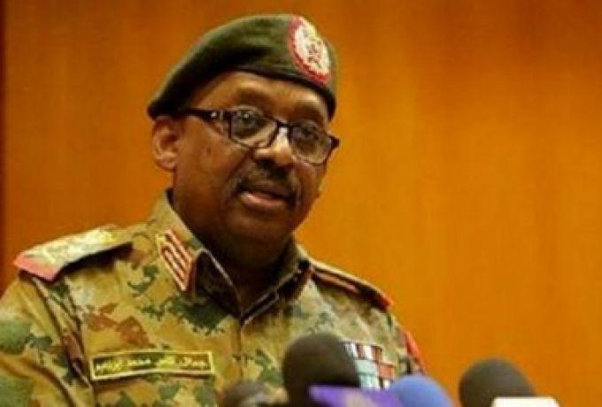 وزير الدفاع يطالب بإزالة السودان من قوائم الإرهاب