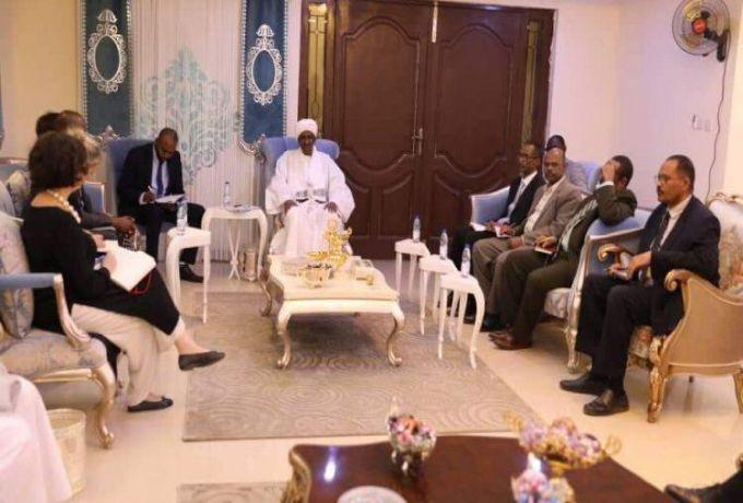 حميدتي يناقش مع مندوب الامم المتحدة رفع اسم السودان من قائمة الارهاب