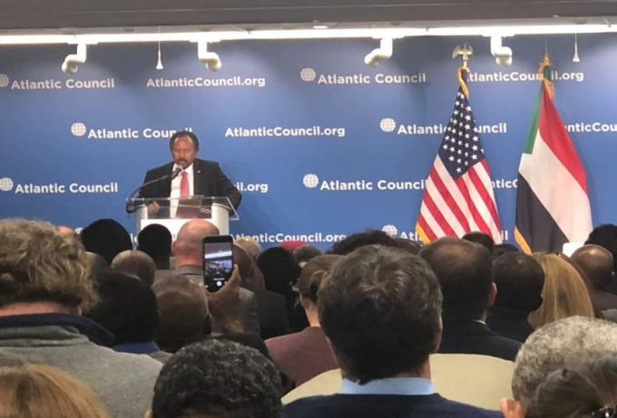 حمدوك يفجر مفاجأة حول مشاركة الجيش السوداني في اليمن ويكشف عن تغيير مفاجئ ويتحدث عن ليبيا
