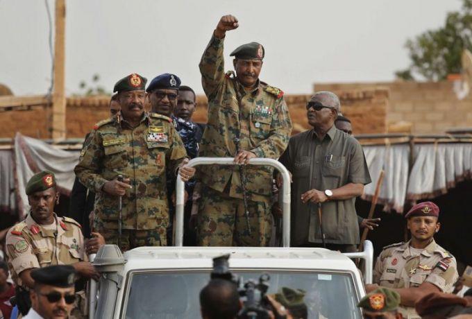 نائب رئيس الأركان يؤكد الحرص على التعاون العسكري مع الدول الصديقة