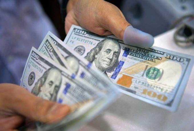 السودان..تصريحات هامة لوزير المالية بشأن خفض سعر الدولار