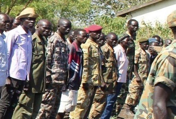 قائد قوات المعارضة يدعو جنوده للذهاب إلي مركز التدريب في مريدي