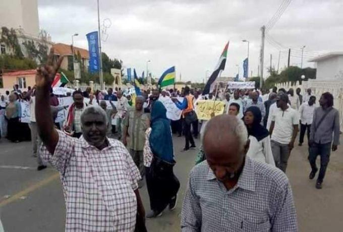 بورتسودان: اضراب معلمي الاساس والثانوي لحين اقالة رموز العهد البائد