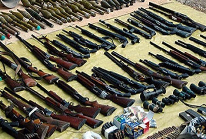 والي شرق دارفور المكلف يعلن انطلاق حملة جمع السلاح وعربات الدفع الرباعي