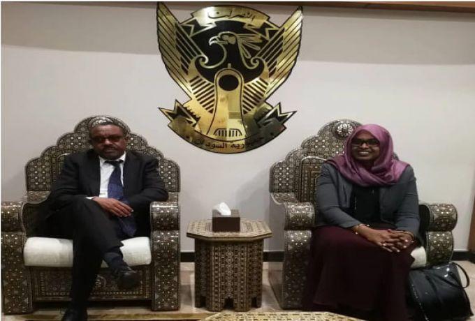 رئيس الوزراء الإثيوبي السابق هايلي ماريام ديسالين في السودان