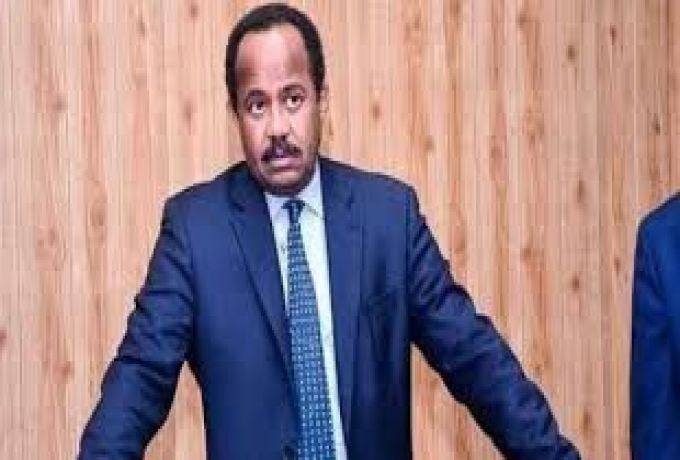 محمد عصمت    كي يقيلوا د. أكرم : سمحوا بمظاهرات الكيزان في أي مكان حتى وصلوا ساحة القيادة.