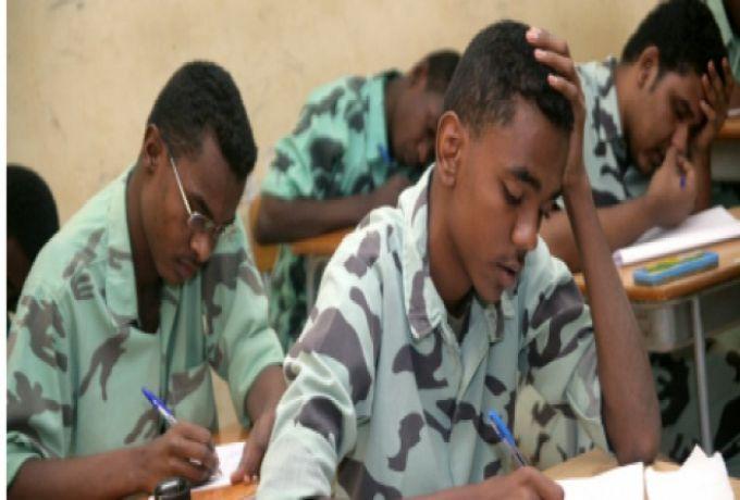 بسبب السيول والفيضانات.. تجمُّع طلاب ثانويات سنار يدعو لتأجيل امتحانات الشهادة
