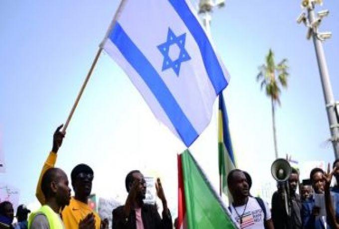 جريدة أمريكية: بومبيو دعا قادة السودان للاتصال بنتنياهو بحضوره