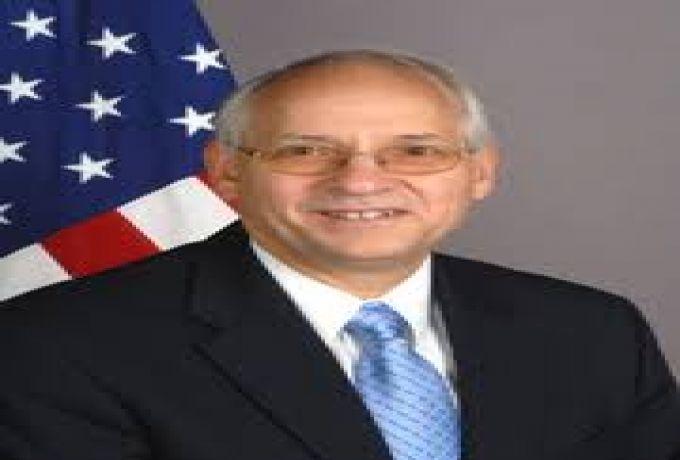 المبعوث الأمريكي يعقد لقاءات حول مابعد رفع اسم السودان من قائمة الارهاب