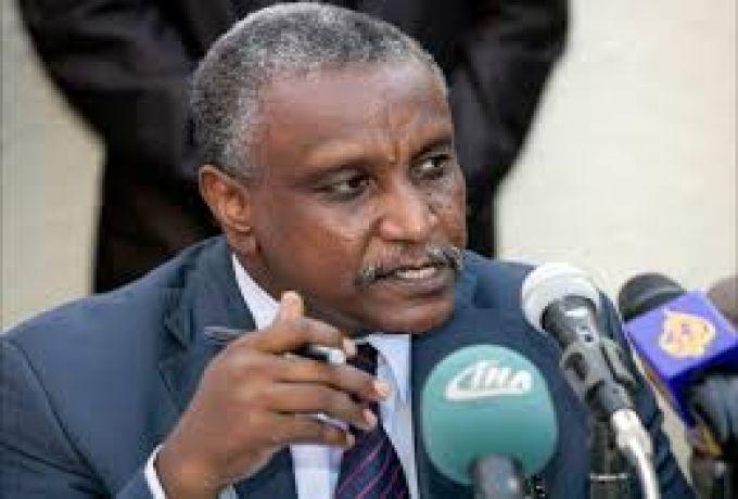 عرمان : مشكلة السودان حُلت بقطع رأس الشيطان