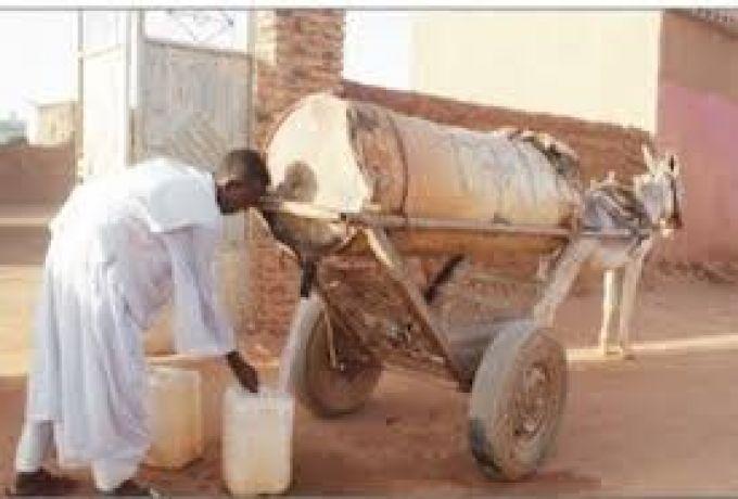 ارتفاع سعر برميل مياه الشرب بولاية القضارف وسط صعوبات كبيرة