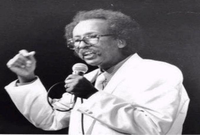 أبيض أسود.. مصطفى سيد أحمد.. محاولة للذكرى