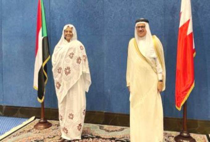 المنصورة مريم وزيـرة الخارجـية تبحث مع نظيرها البحريني سبل تعزيز الشراكة بين البلدين