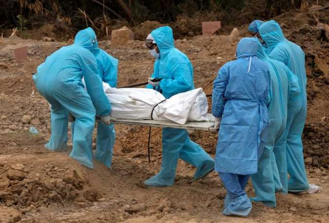 طبيب يكشف عن دفن النيابة العامة 23 جثة بدون موافقة الطب الشرعي