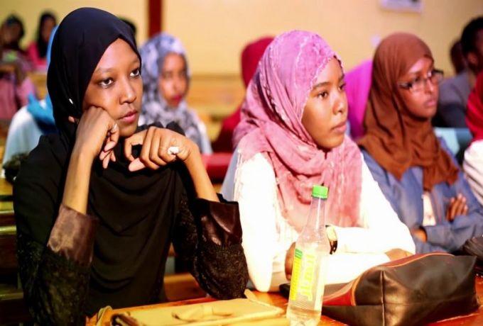 لجنة أساتذة الجامعات السودانية تشيد بقرار مجلس الوزراء وتقرر مواصلة الاضراب