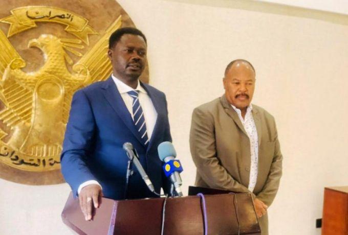 """مناوي: أي إنقلاب يعيدنا إلى """"عصر مظلم"""""""