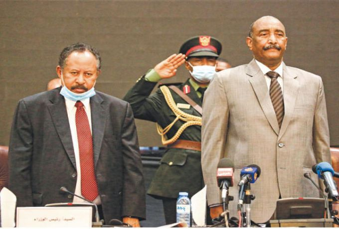 بعد لقاء ثان بين حمدوك والبرهان.. توقعات بانفراج قريب للأزمة في السودان